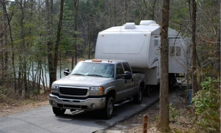What Are The Best Trucks For 5th Wheel RVs?