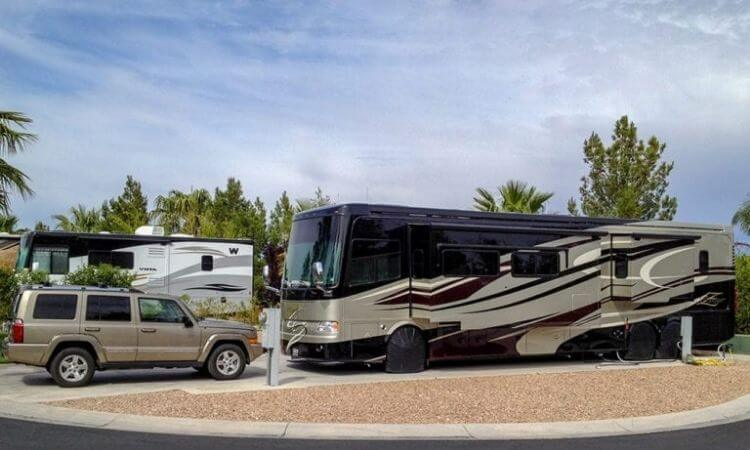 Where To Park Your RV In Vegas: Top Paid and Free Spots